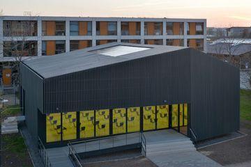 Außenansicht Hörsaalgebäude der Fachhochschule Erfurt