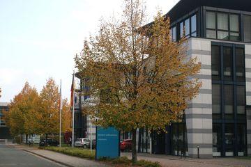Dienstgebäude 2 – Max-Reger-Straße 4–8