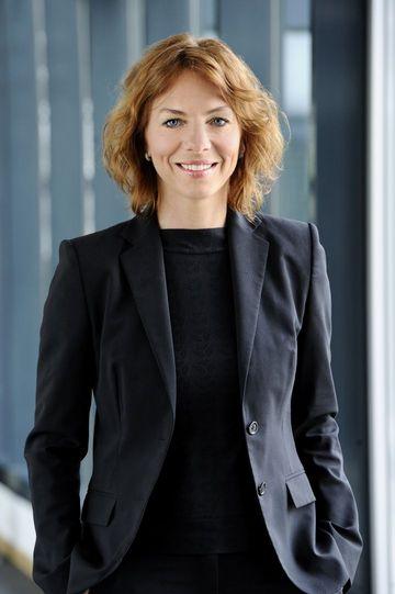 Foto der Staatssekretärin Susanna Karawanskij