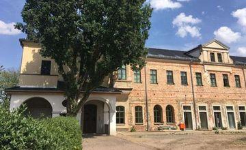 Außenansicht Burg Posterstein
